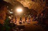 Enfants coincés dans une grotte en Thaïlande: la pluie freine les sauveteurs