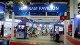 Des entreprises vietnamiennes des TIC participent à l'exposition CommunicAsia