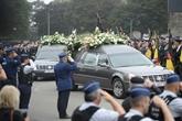 Belgique: des centaines de policiers rendent hommage à leurs collègues assassinées