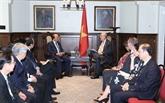 Nguyên Xuân Phuc rencontre l'ancien PM canadien et le secrétaire général de l'OECD
