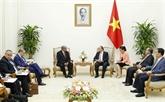 Le Premier ministre Nguyên Xuân Phuc reçoit le chef de la diplomatie algérienne