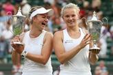 Wimbledon: Krejcikova et Siniakova remportent le double dames