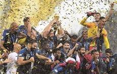 Éloge du football et félicitations à la France