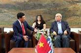 Le vice-PM Pham Binh Minh rencontre des dirigeants du Parlement grec