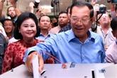 Le Cambodge vote dans des législatives controversées après l'interdiction du parti d'opposition