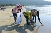 Dà Nang: un cours d'entraînement au recyclage du plastique destiné aux jeunes