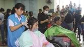 Les partages d'amour dominicaux à l'hôpital Cho Rây
