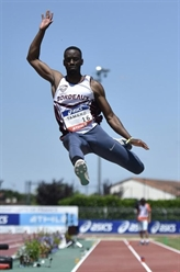 Athlétisme: Zahi en trombe sur 100 m
