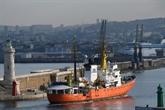 Après un mois à quai à Marseille, l'Aquarius reprend la mer