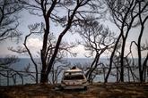 Évacuations sur l'île grecque d'Évia en proie à des incendies