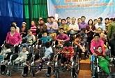 Un projet financé par l'USAID aide les handicapés à Thua Thiên-Huê