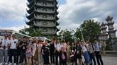 Échange entre jeunes et étudiants vietnamiens et chinois à Dà Nang