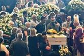 Pont effondré à Gênes: un adieu sobre aux victimes et des promesses
