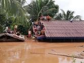 L'Armée populaire du Vietnam aux côtés des sinistrés du barrage effondré