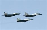 L'Iran va dévoiler un nouvel avion de combat, renforcer sa puissance balistique