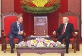 Le secrétaire général du PCV reçoit l'ambassadeur britannique à Hanoï