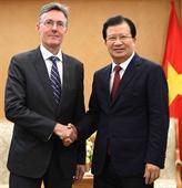 Le vice-Premier ministre Trinh Dinh Dung reçoit le vice-président de la BAII