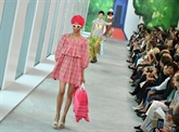 À New York, Marc Jacobs offre des femmes-fleurs