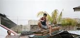 Le super typhon Mangkhut frappe les Philippines
