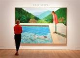 Une toile de David Hockney prête à ravir le record en enchères à Jeff Koons