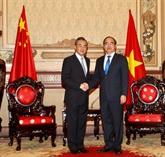 Le ministre chinois des AE en visite à Hô Chi Minh-Ville