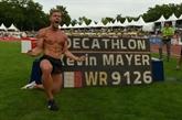 Décastar: Kévin Mayer bat le record du monde du décathlon avec 9.126 points