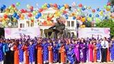 Hô Chi Minh-Ville: un mariage collectif au jour de la Fête nationale