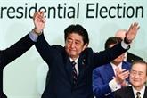 Nguyên Phu Trong félicite le Premier ministre japonais pour sa réélection à la tête du PLD