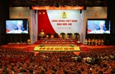 Les syndicalistes réunis à la session plénière du XIIe Congrès