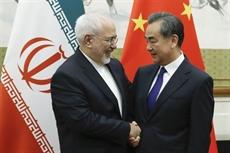 Les chefs de la diplomatie chinoise et iranienne discutent de la question nucléaire