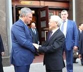 Le président de la Douma d'État salue la visite du leader du PCV