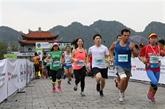 Ninh Binh: plus de 800 coureurs au marathon de Tràng An 2018