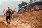 Glissement de terrain en Indonésie: au moins neuf morts, des dizaines de disparus