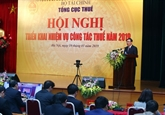 Le vice-Premier ministre Vuong Dinh Huê à là réunion de bilan du secteur fiscal