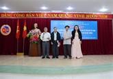 Dak Lak fête l'anniversaire de la victoire de la défense de la frontière Sud-Ouest