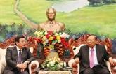 Le Laos demande au Vietnam d'intensifier son soutien aux études théoriques et scientifiques