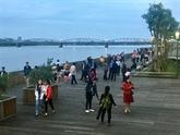 Inauguration d'un pont piétonnier le long de la rivière Huong à Huê