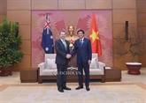 Le secrétaire général de l'AN vietnamienne reçu par le chef du Sénat australien