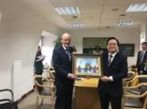 Vietnam et Royaume-Uni souhaitent renforcer leur coopération en matière d'éducation