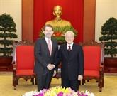 Le secrétaire général du Parti et président Nguyên Phu Trong reçoit le président du Sénat australien