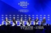 Le Premier ministre quitte Hanoï pour le Forum économique mondial de Davos 2019