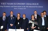 Le PM dialogue avec des groupes multinationaux sur l'économie vietnamienne