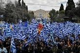 Nom de la Macédoine: le Parlement grec joue le dernier acte