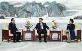 Xi Jinping et son épouse rencontrent un haut responsable de la RPDC et assistent à un spectacle