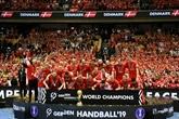 Hand: le Danemark remporte son premier titre mondial