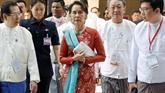 Myanmar: Aung San Suu Kyi lance un appel aux investisseurs