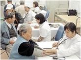 Le PM encourage l'éducation aux soins de la santé communautaire