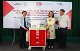 Don des chariots médicaux à l'hôpital provincial de Kiên Giang