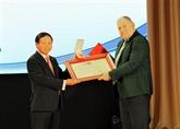 Russie - Vietnam : l'Université d'État de Pyatigorsk décorée de l'Ordre de l'Amitié