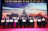 Le PM Nguyên Xuân Phuc salue le rôle des entrepreneurs